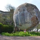 Globe terrestre Suresnes